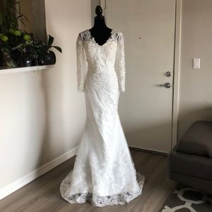 Dresses & Skirts - Private collection bridal gown